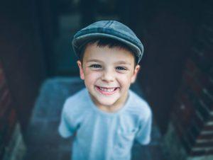 photo-boy-face-smile-film-tone